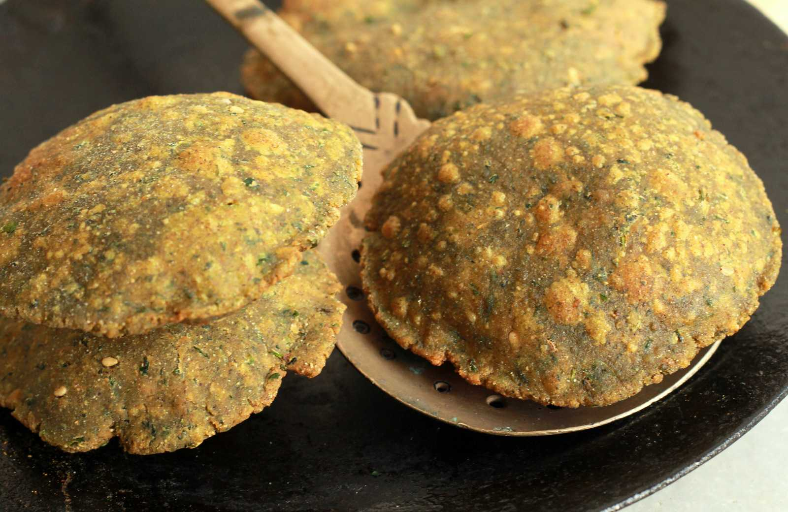 Poori of Methi and Bajra