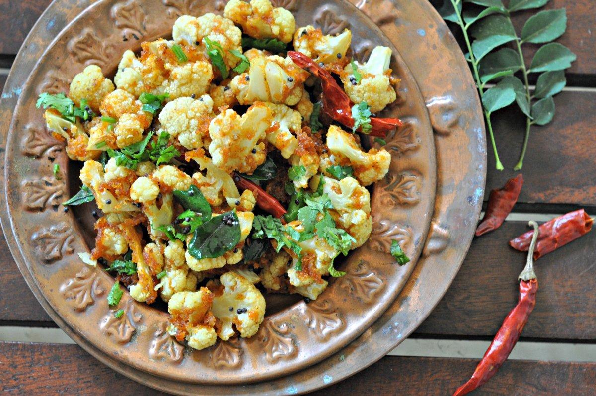 Chettinad style chilli gobhi recipe by archanas kitchen chettinad style chilli gobhi recipe forumfinder Gallery