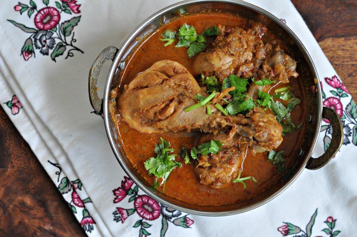Chicken vindaloo recipe by archanas kitchen chicken vindaloo recipe forumfinder Gallery