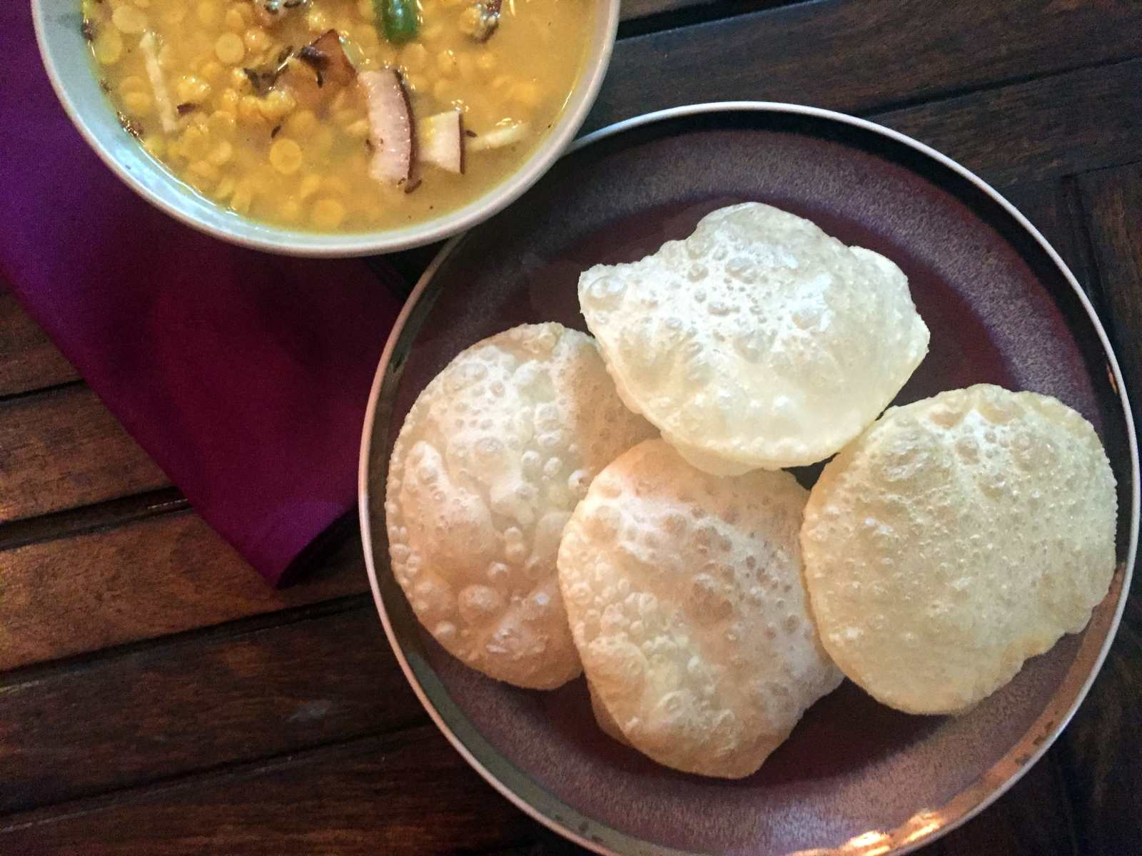 Everyday meal plate bengali style begun bhajacholar dalshukto luchi recipe forumfinder Gallery