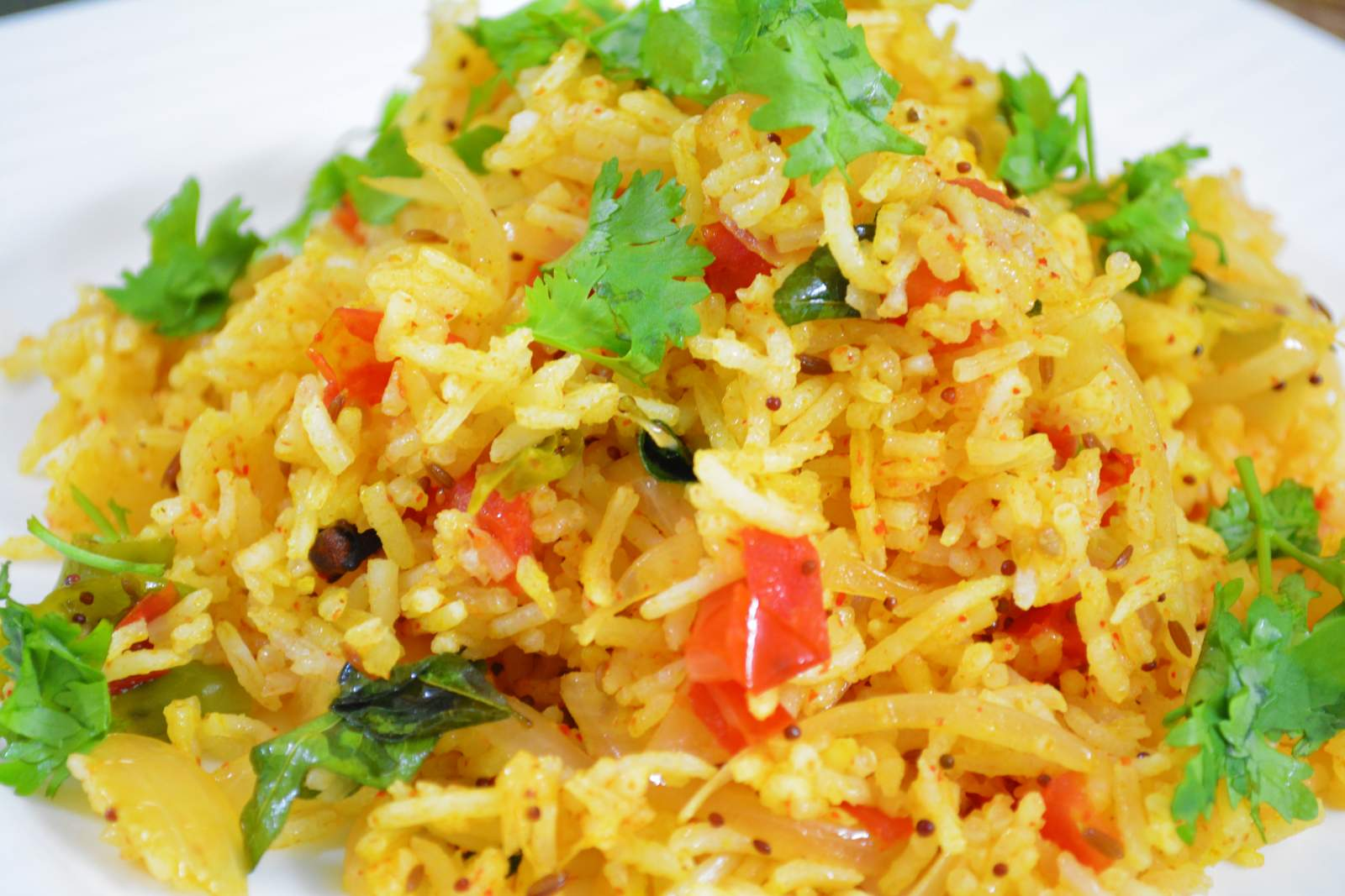 Quick Pulao With Onions And Tomatoes Recipe