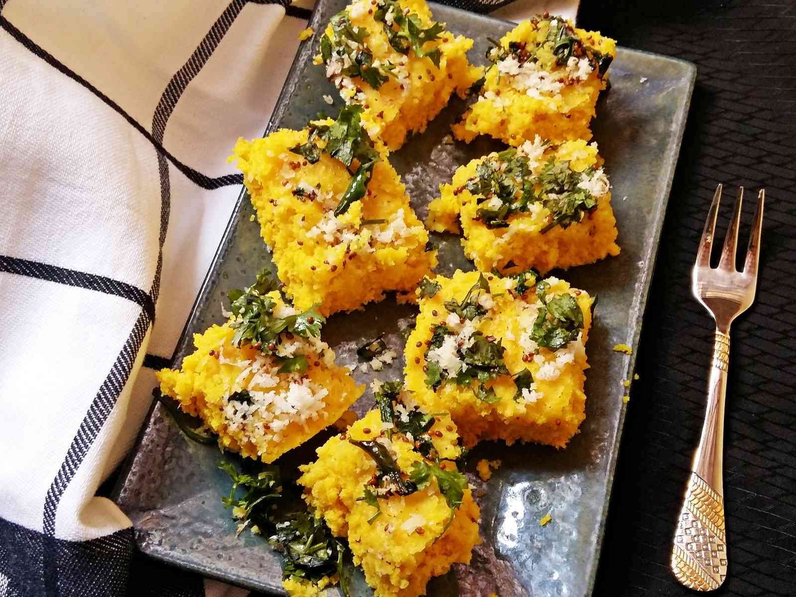 Microwave dhokla recipe by archanas kitchen microwave dhokla recipe forumfinder Choice Image