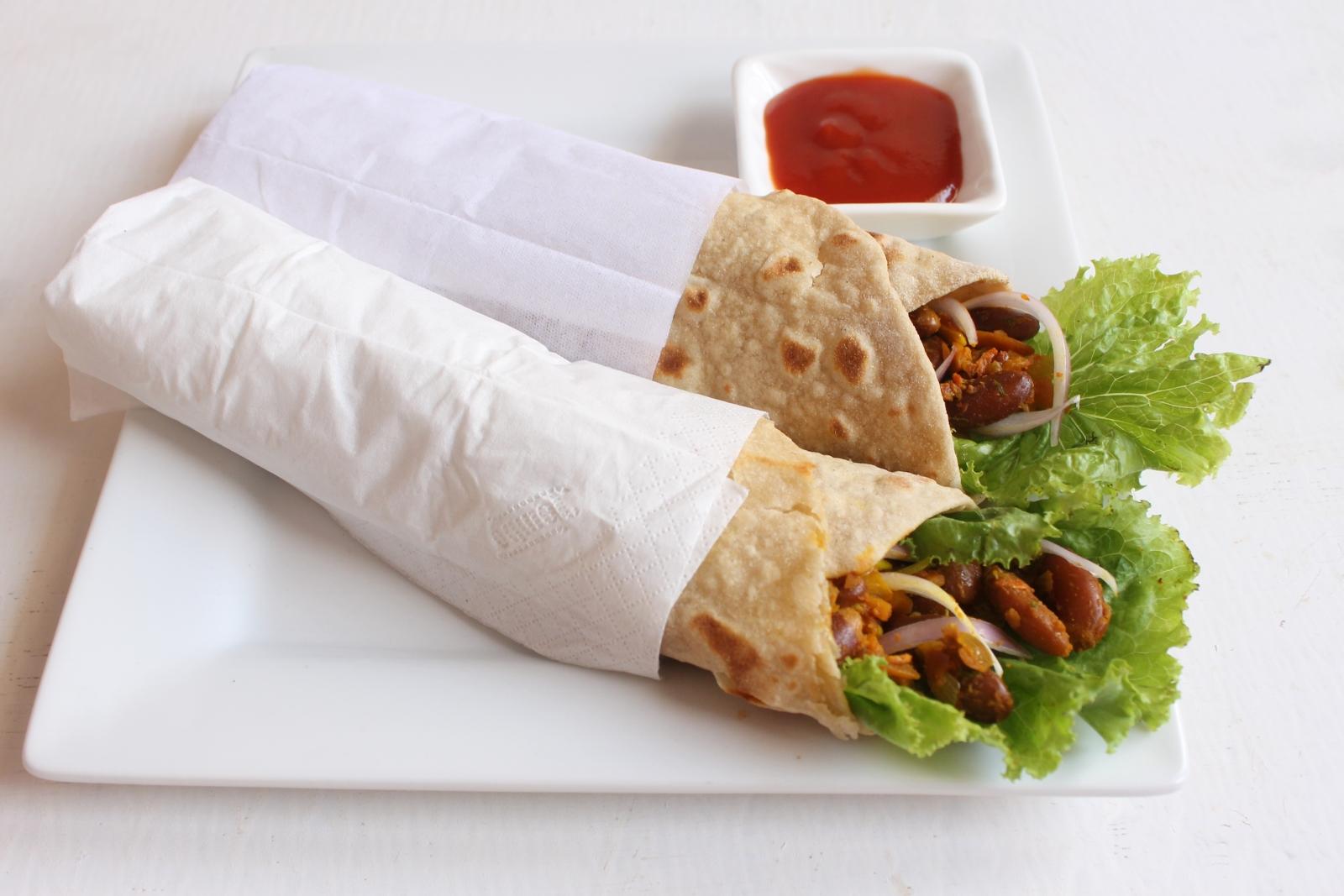 Chatpata Rajma Wrap Recipe