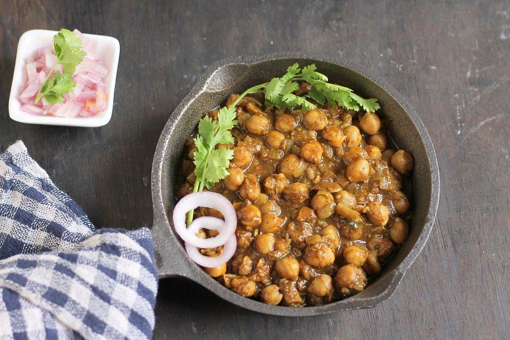 Perfectly Punjabi Pindi Chole Recipe