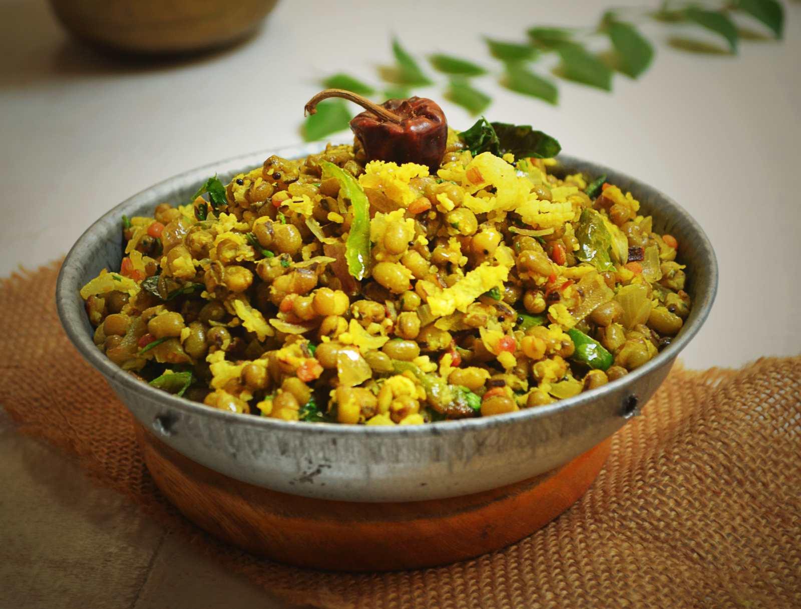 Cherupayar Thoran Recipe – Kerala Style Green Gram Sabzi