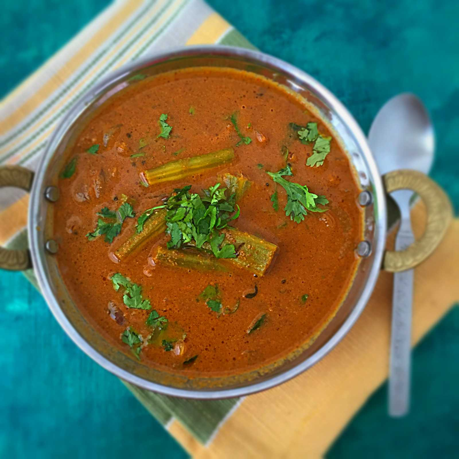 Mangalore Style Nurge Gashie Recipe-Spicy Drumstick Curry