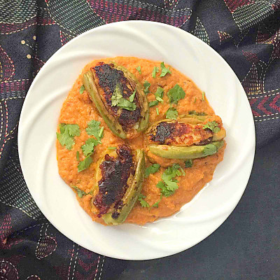 Potoler dolma recipe bengali style stuffed pointed gourd curry by potoler dolma recipe bengali style stuffed pointed gourd curry forumfinder Image collections