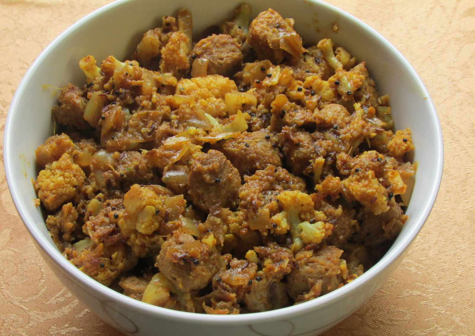 Cauliflower And Soya Chunks Sabzi Recipe
