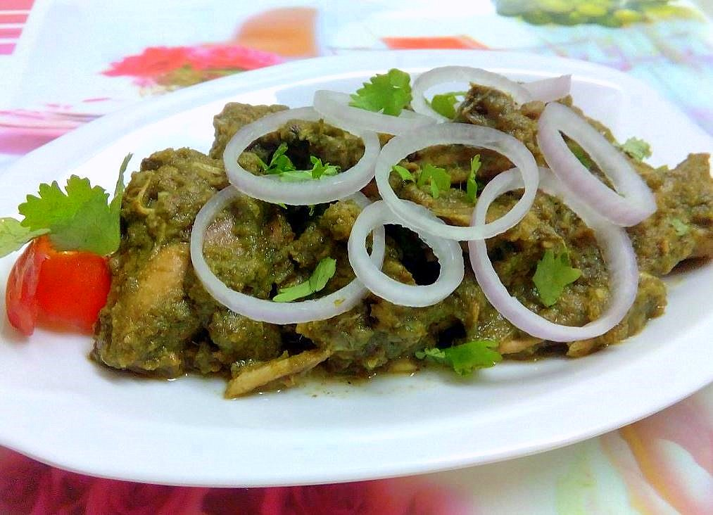 Chicken In Curry Leaves Gravy Recipe