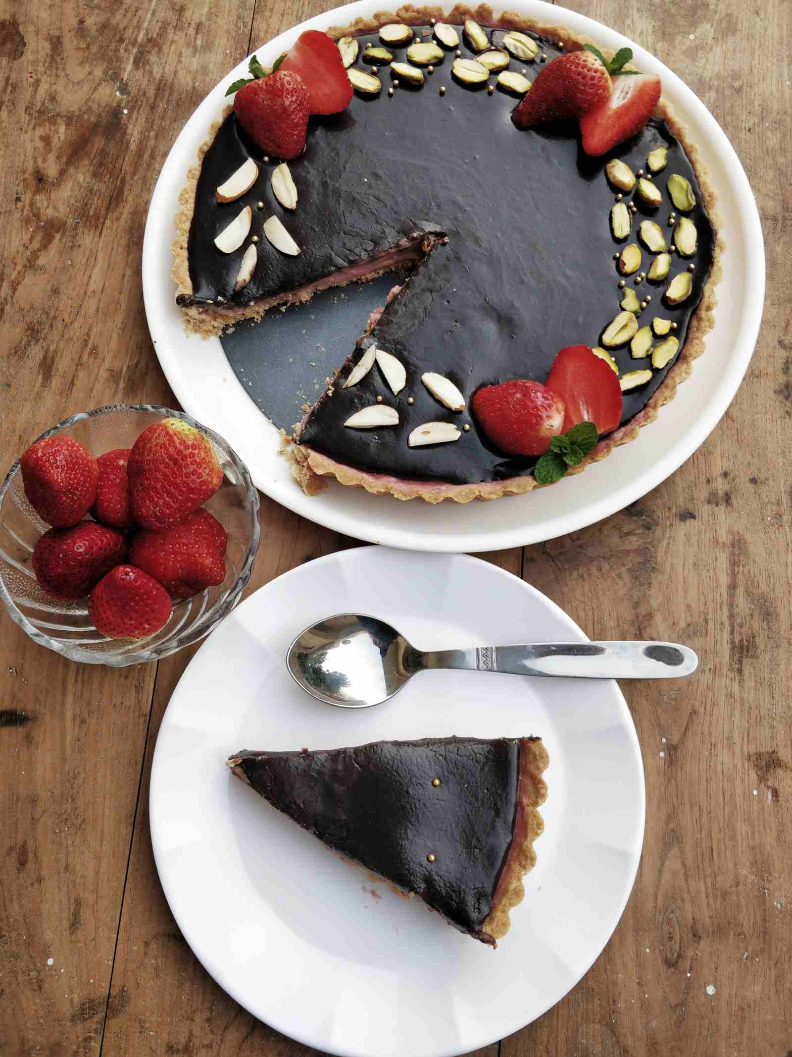 Strawberry Panna Cotta Tart With Chocolate Ganache Recipe