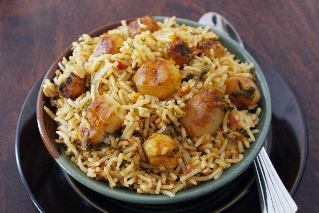 Baby Potatoes Pulao Recipe - Aloo Pulao Recipe
