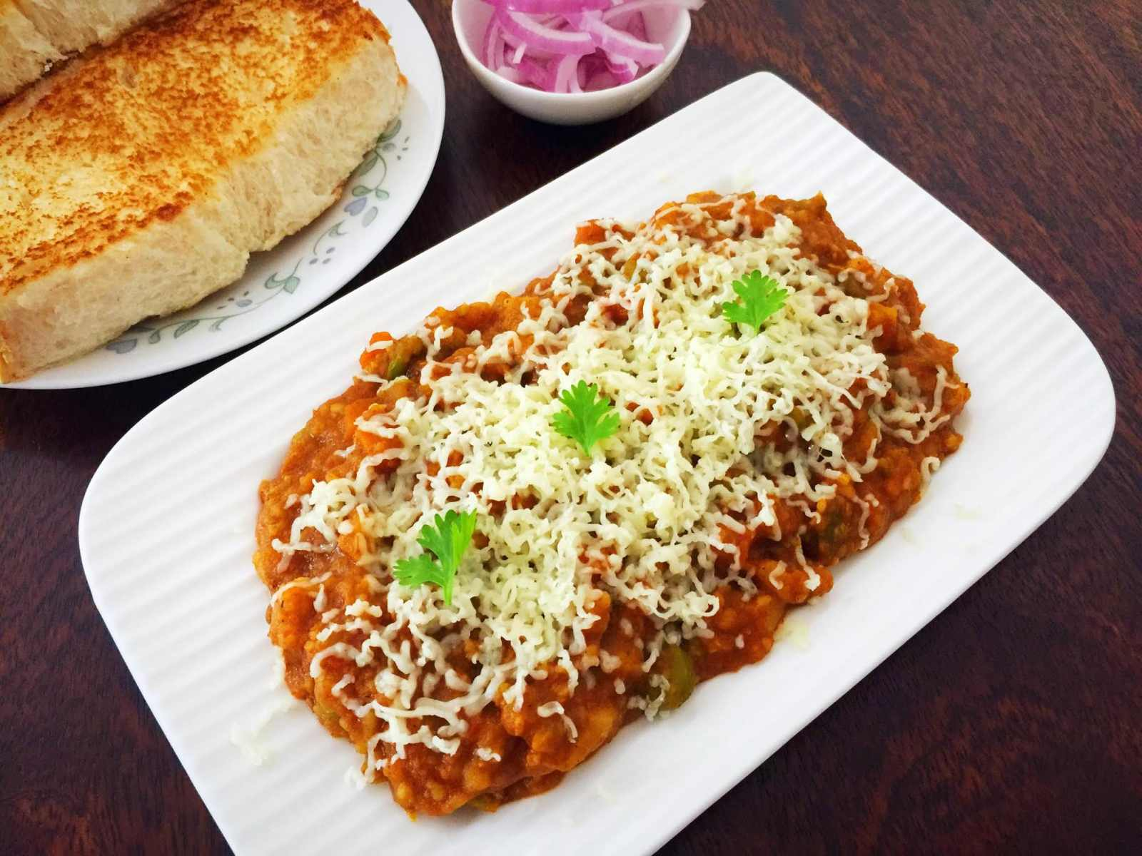 Cheesy Pav Bhaji Recipe
