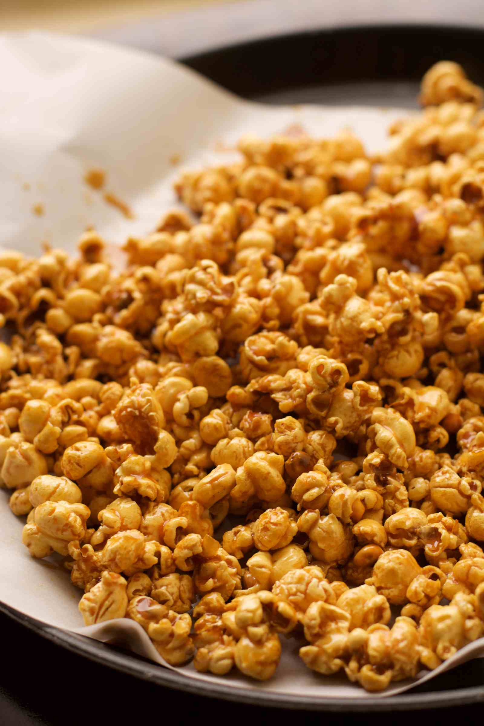 How to cook delicious popcorn at home 17