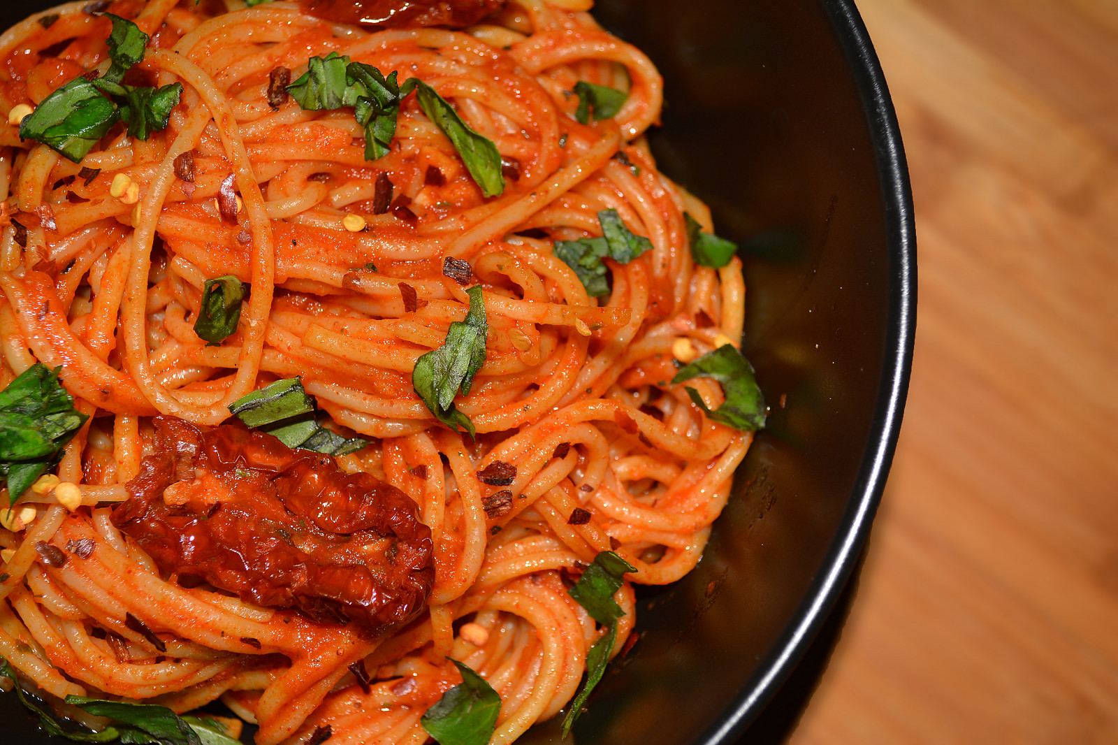 Spicy Arrabbiata Pasta Recipe With Sun Dried Tomatoes