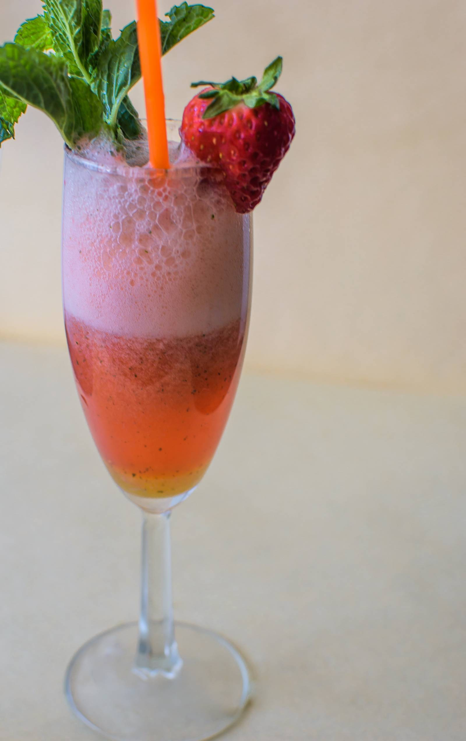 Sparkling Strawberry Mocktail Recipe