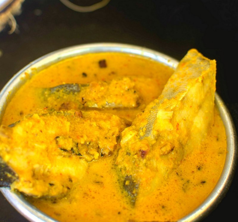 Paplet Hooman Recipe - Goan Pomfret Curry