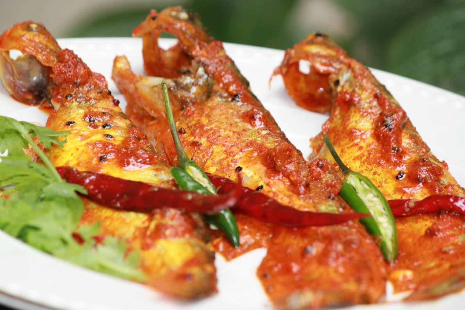 Creamy indian butter fish recipe creamy pabda fish by archanas creamy indian butter fish recipe creamy pabda fish forumfinder Images