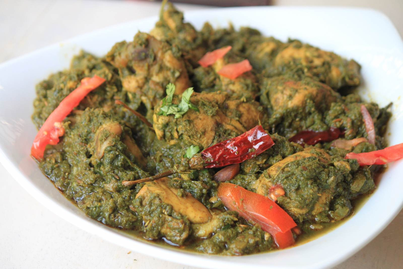 Palak Chicken Curry Recipe - Saag Wala Chicken