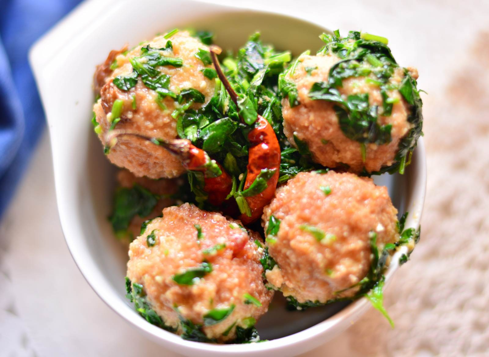 Kashmiri Methi T Golemach Recipe-Minced Chicken Balls With Fenugreek Leaves