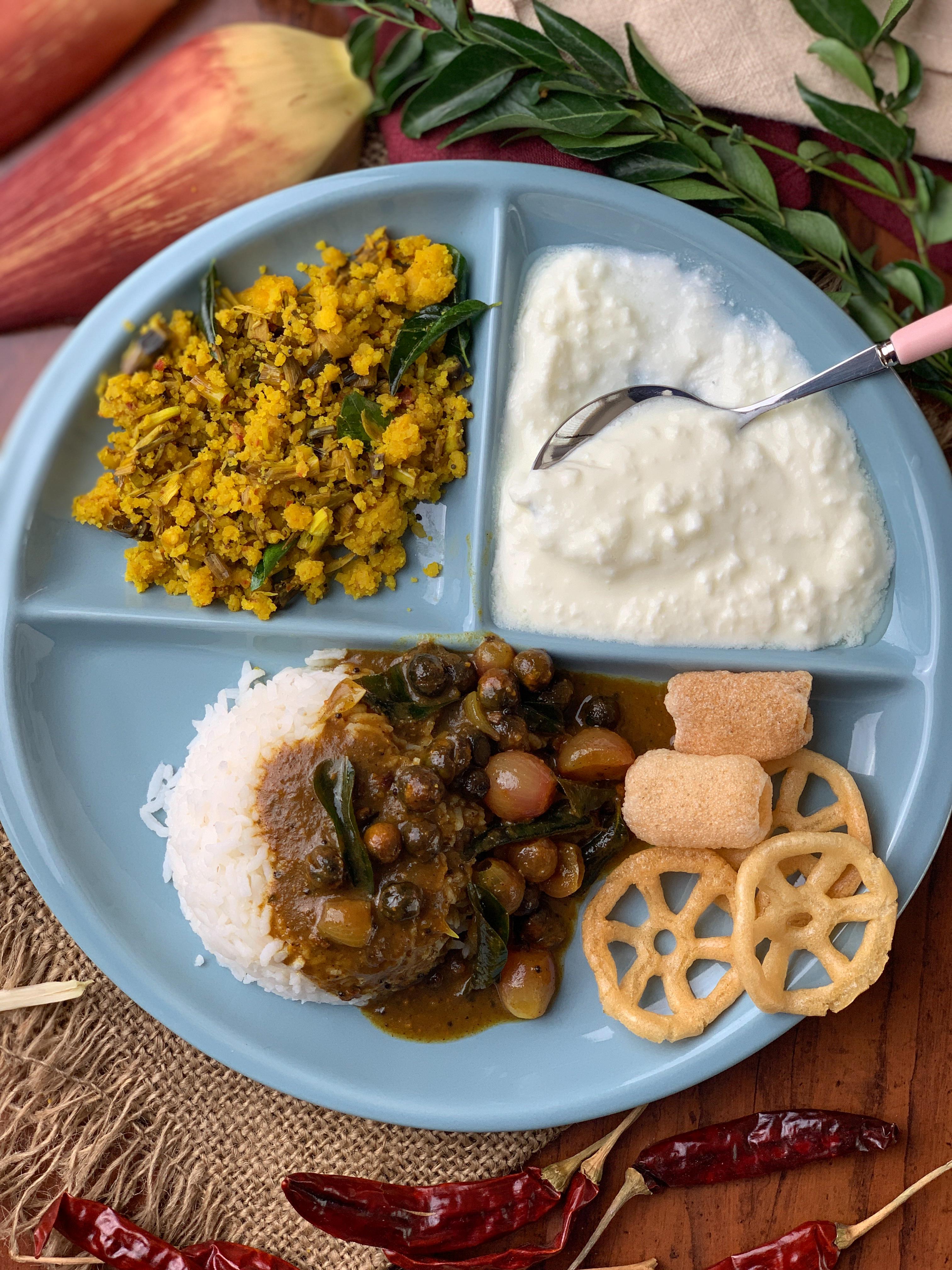 A Lunch From Grand Mother's Kitchen- Vathal Kuzhambu, Vazhaipoo Paruppu Usili & More