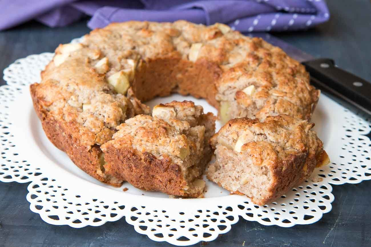 Apple Almond Cake Recipe