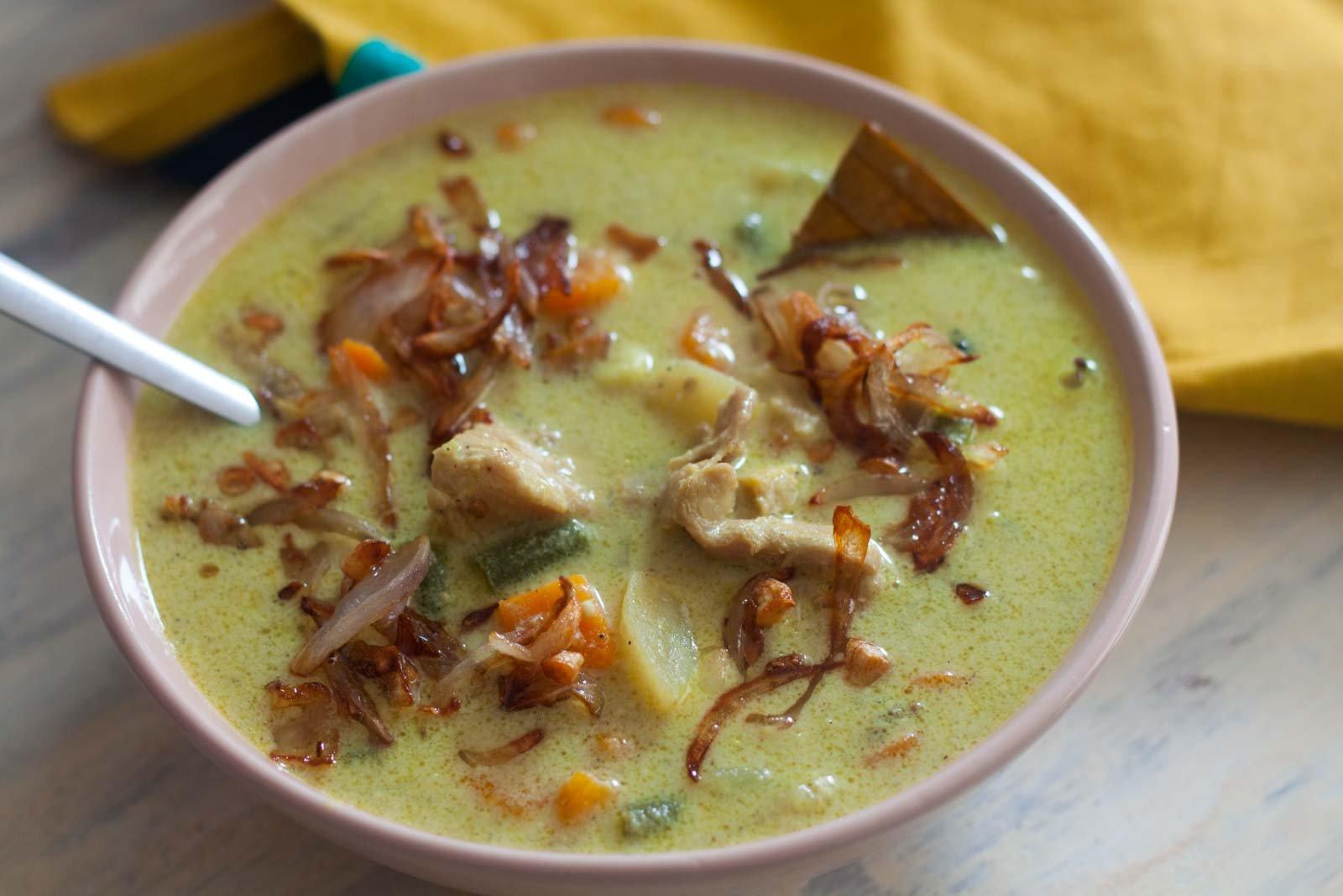 Kerala style chicken stew recipe by archanas kitchen forumfinder Images