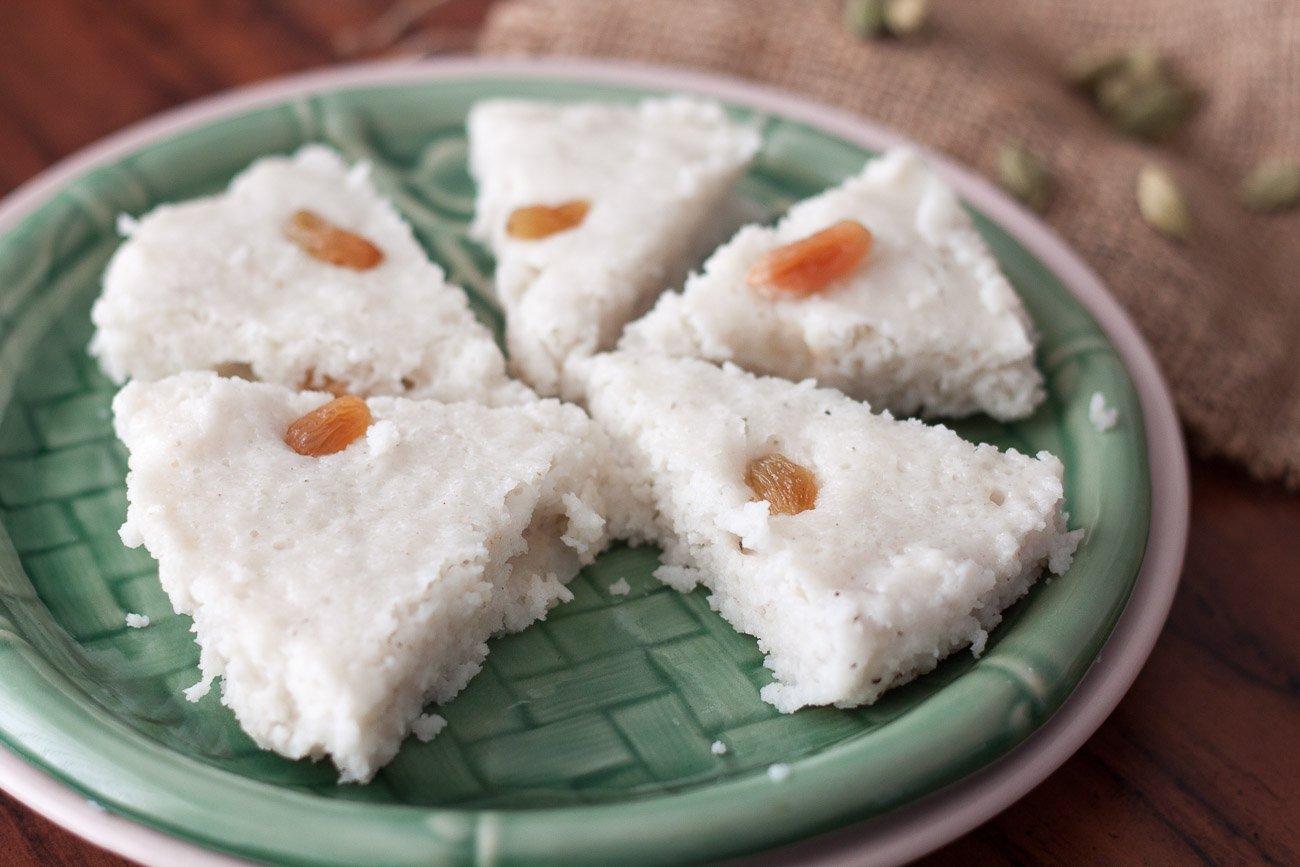 Kerala Style Vattayapam Recipe Steamed Coconut Rice Cakes Recipe By Archana S Kitchen