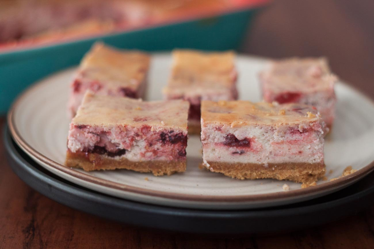 Strawberry Cheesecake Bars Recipe
