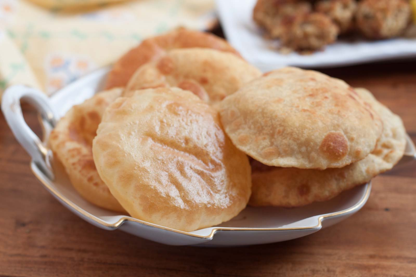 Chunni Ki Puri Recipe - Moong Dal And Besan Fried Puri Recipe