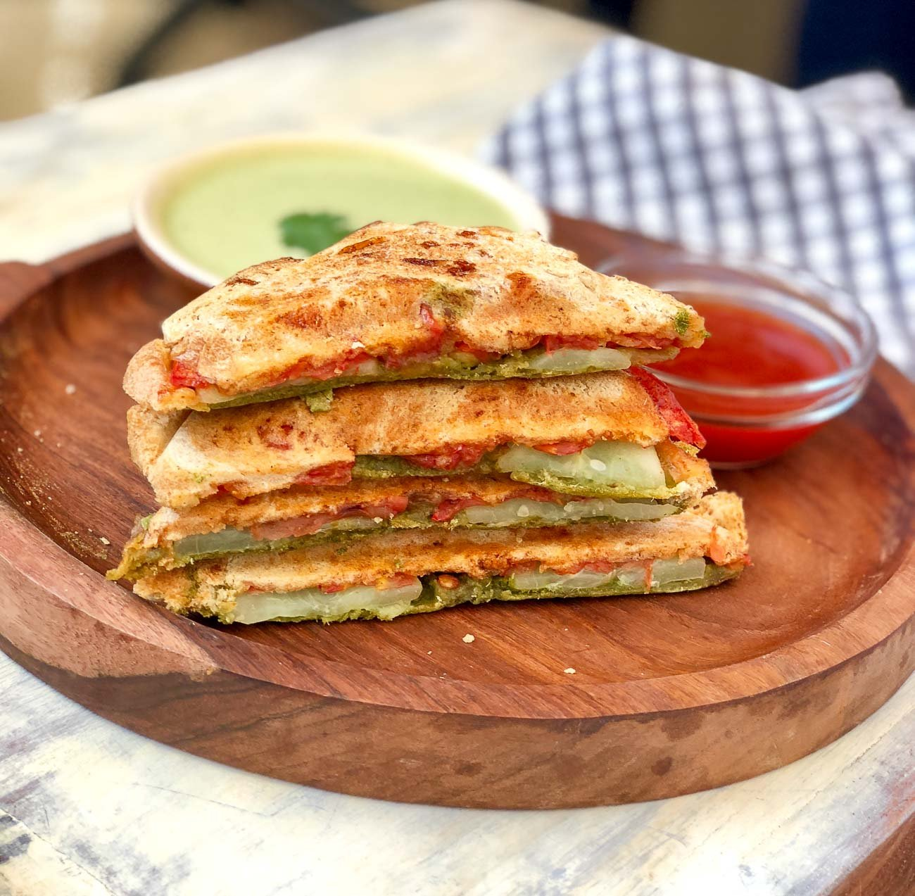 Grilled Tomato Cucumber Sandwich