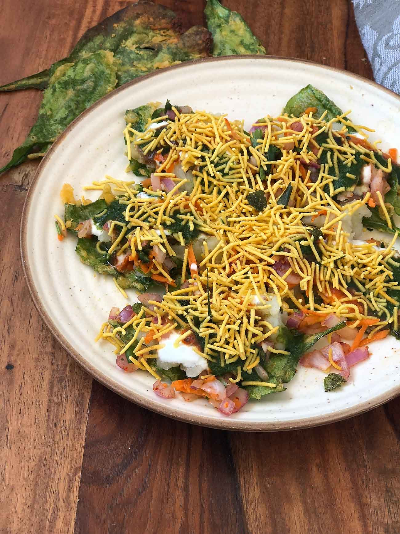Palak Patta Chaat Recipe-Delhi style Spinach leaf Chaat