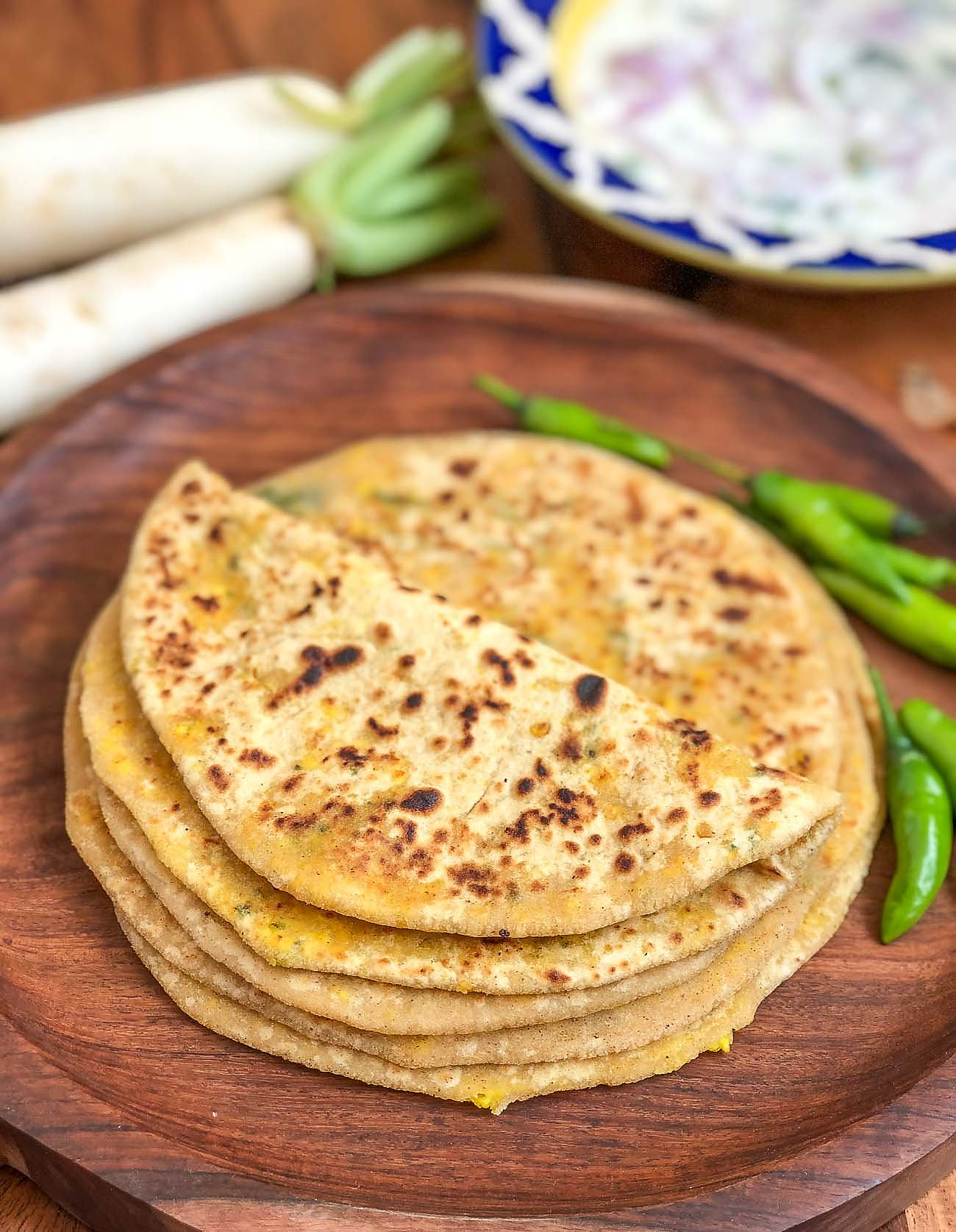 Stuffed Mooli Paneer Paratha Recipe