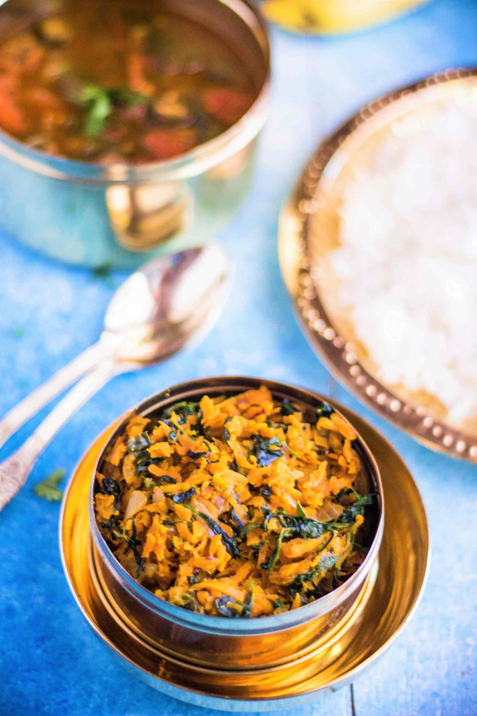 Gajar Methi Poriyal Recipe - Carrot Fenugreek Stir Fry