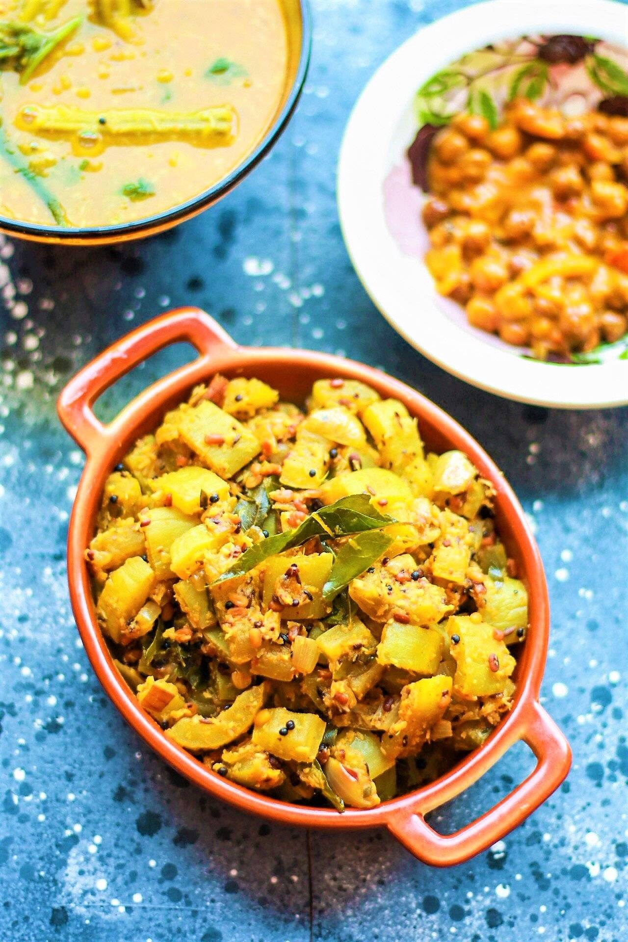 Pudalangai Poriyal Recipe - Snake Gourd Poriyal by Archana ...