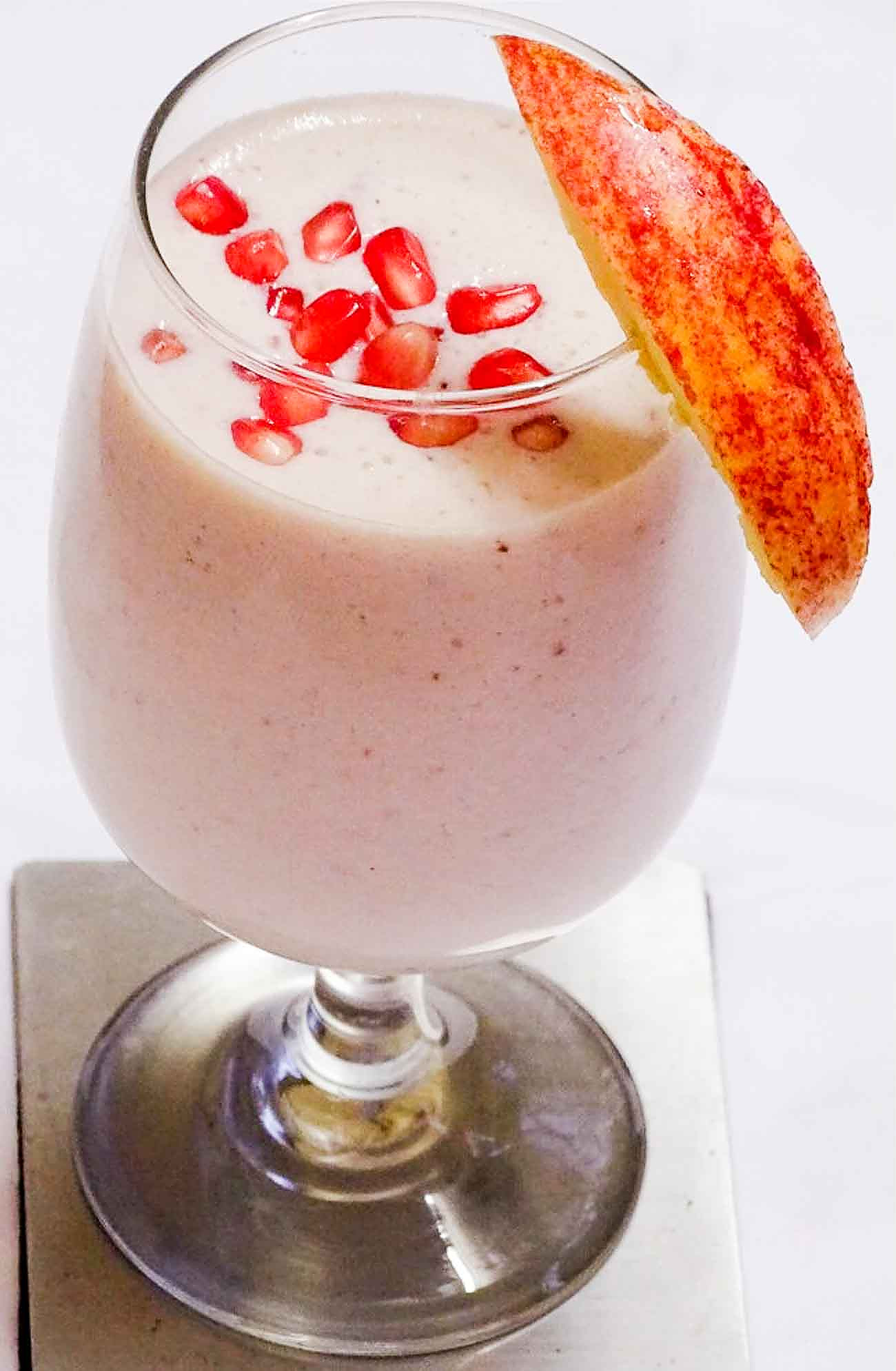 Apple And Pomegranate Smoothie Recipe