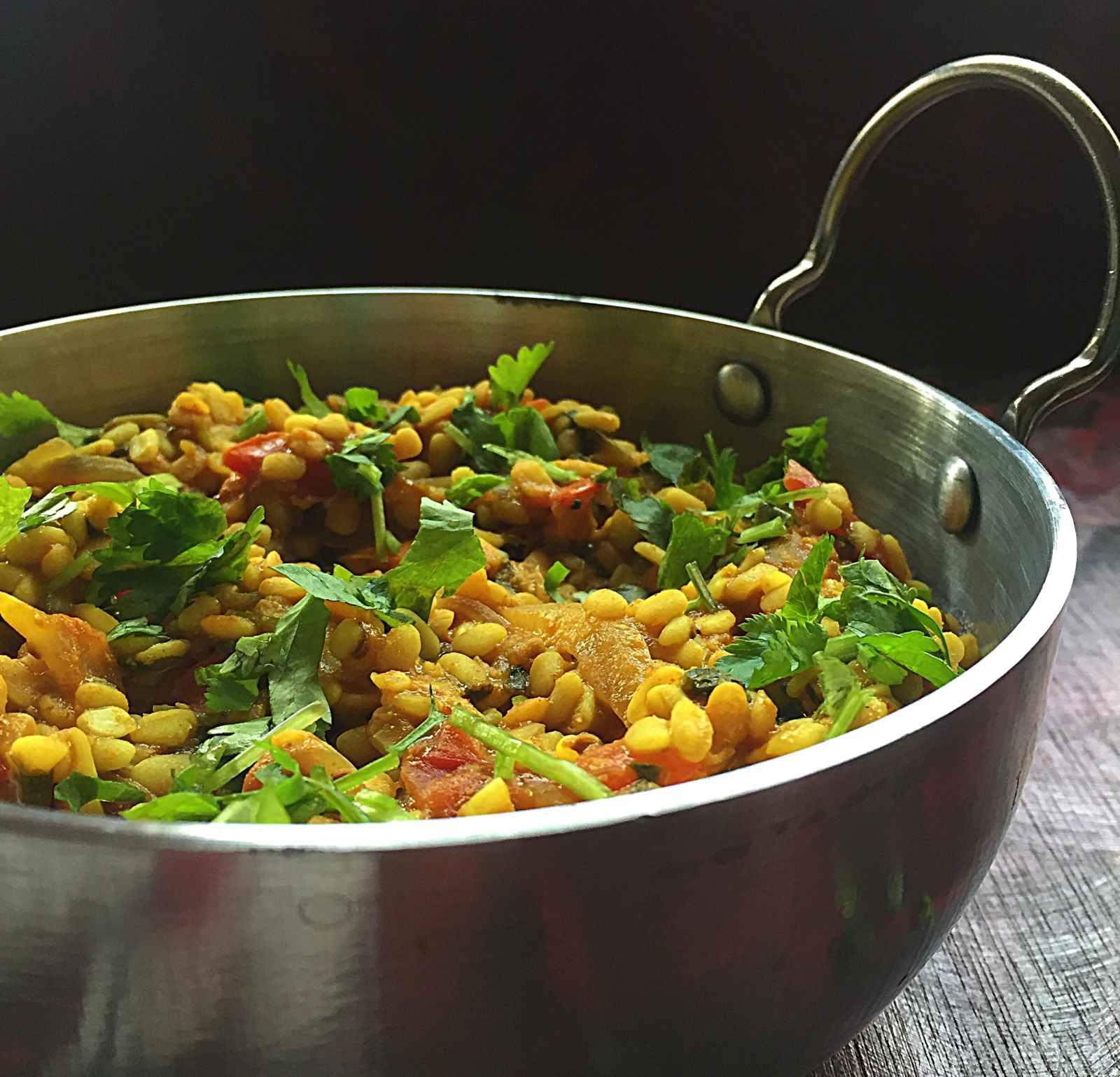 Receita de Amritsari Sookhi Dal pela cozinha de Archana