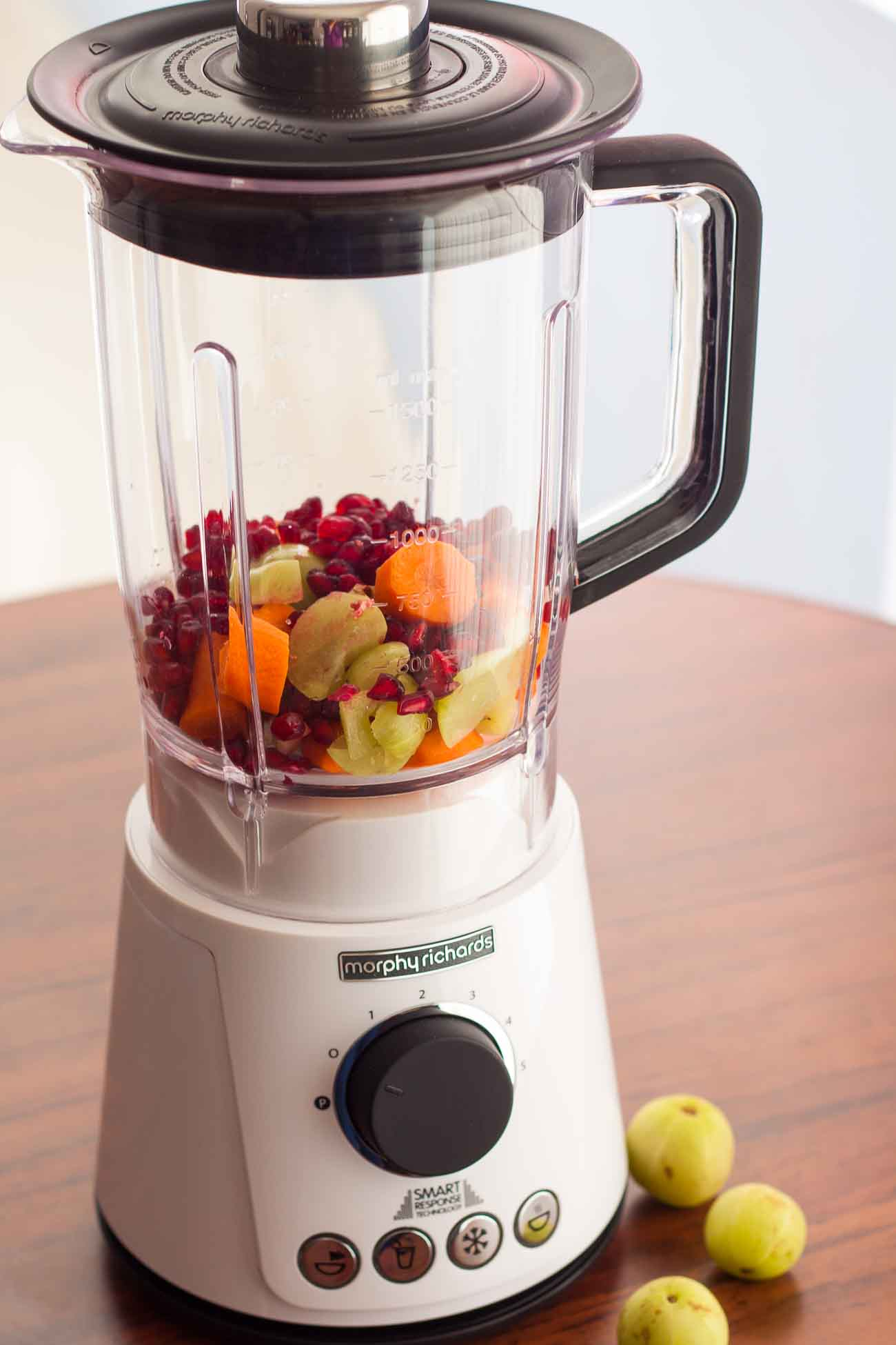Morphy Richards Total Control Blender Carrot Alma Pomegranate Juice Recipe 3