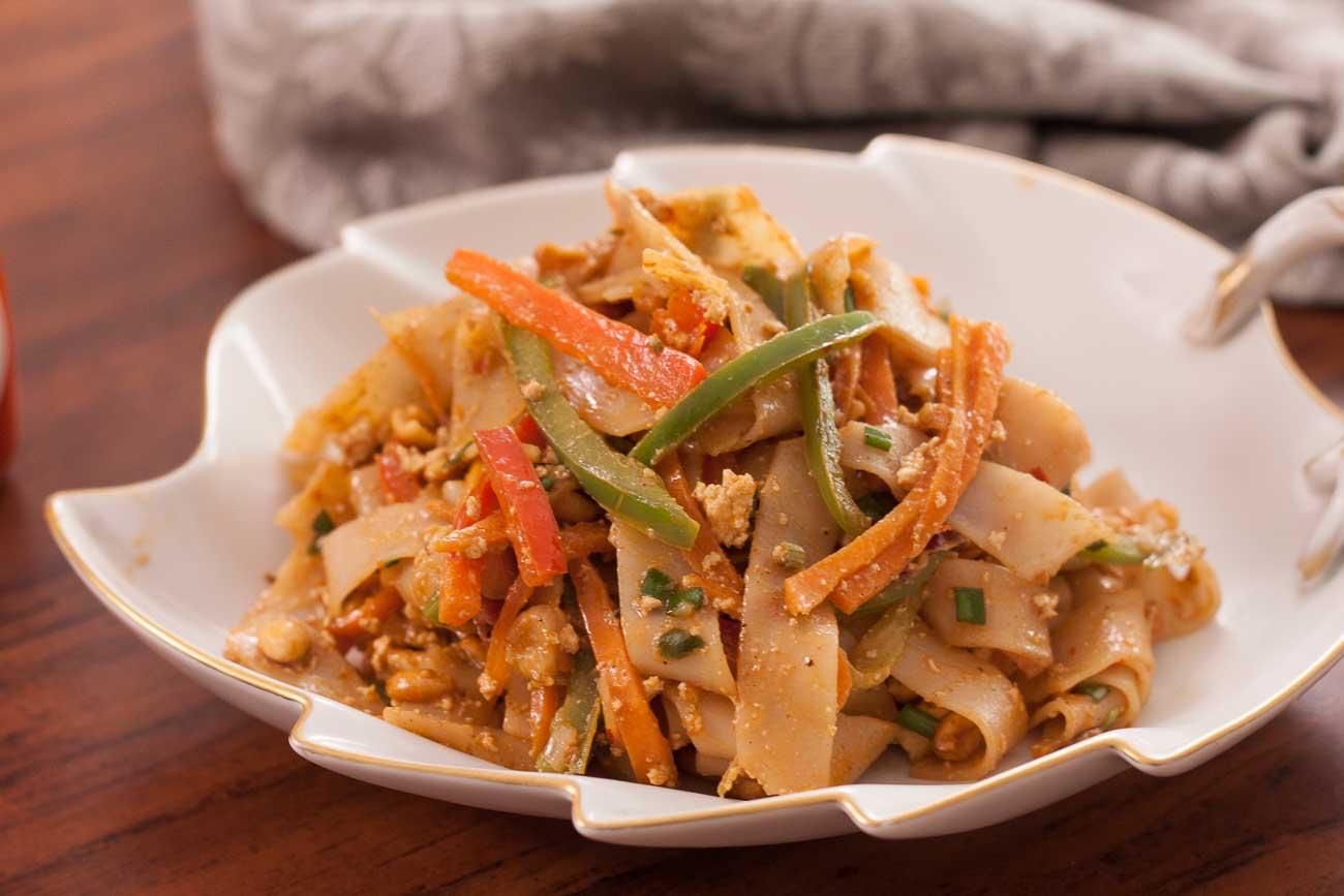 Tofu peanut noodles spiked with sriracha sauce by archanas kitchen tofu peanut noodles spiked with sriracha sauce forumfinder Image collections