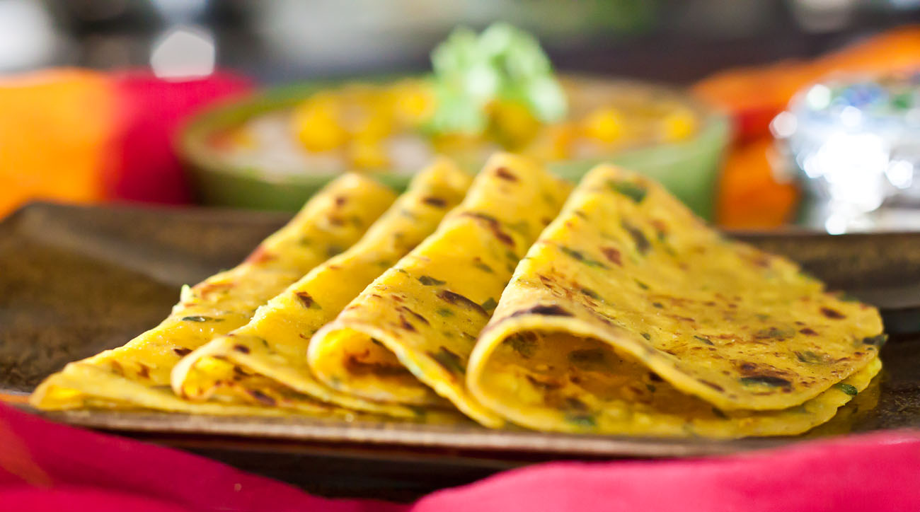 Gujarati Methi Thepla (Spiced Indian Flat Bread with Fenugreek Leaves)