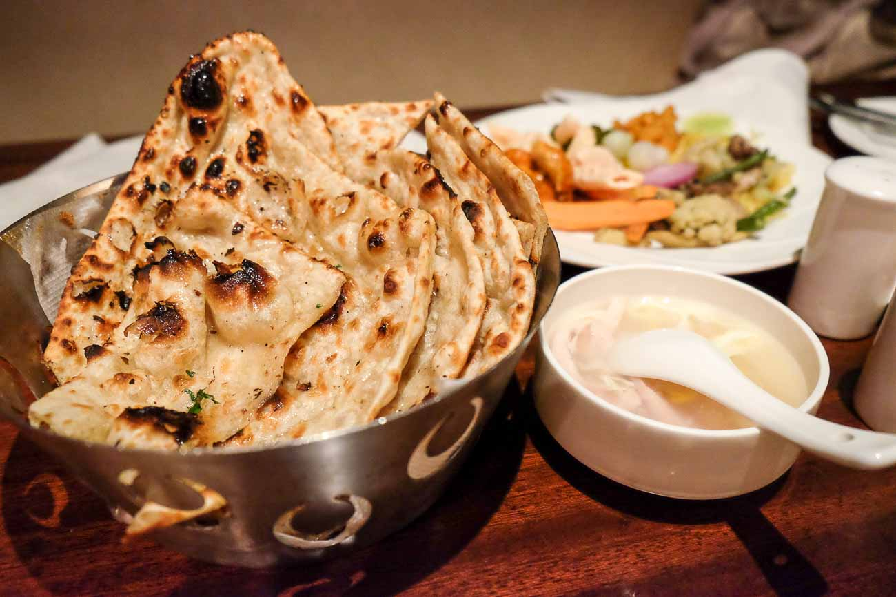 How to make naan in oven in hindi