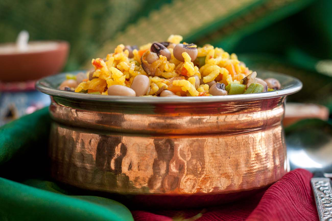 Beans And Carrot Masala Pulav With Black Eyed Beans Recipe