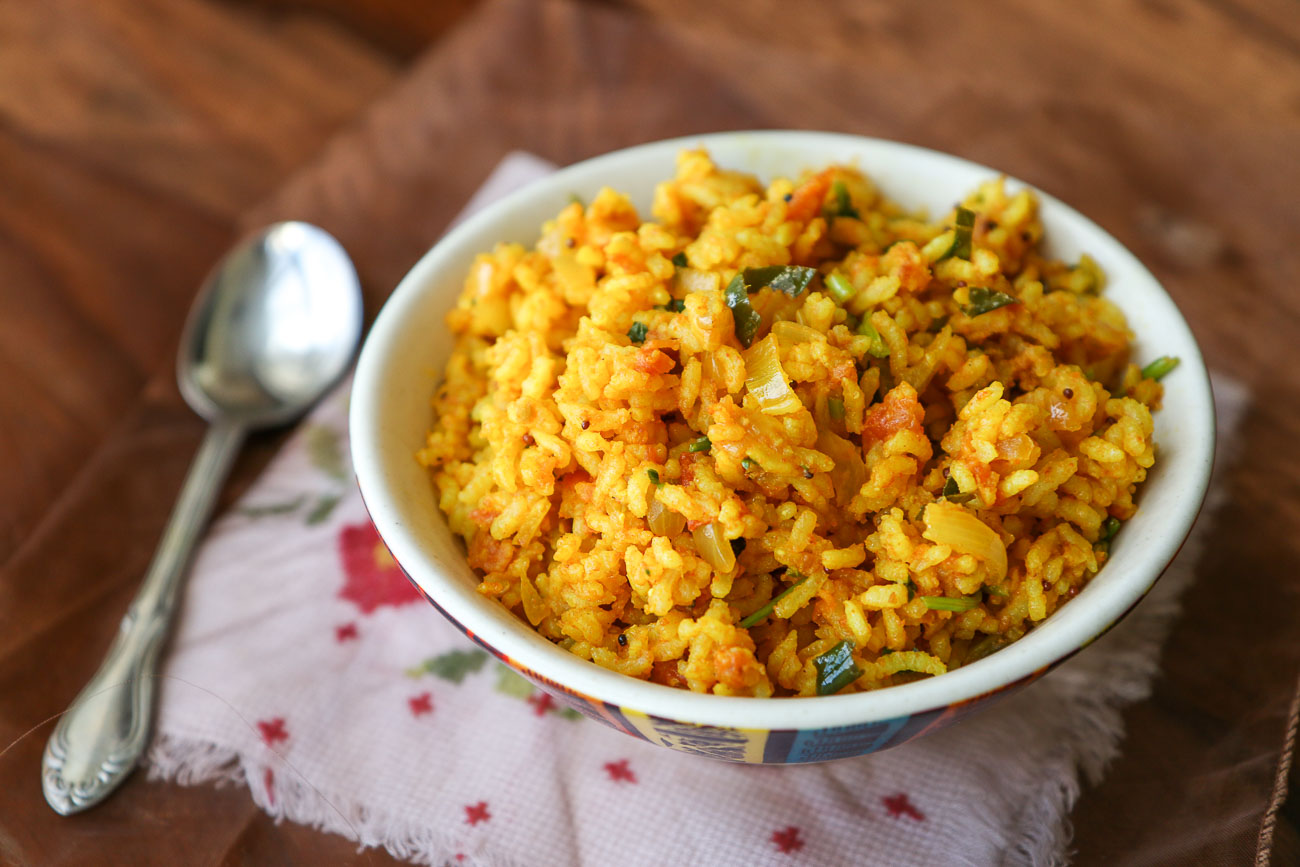 Thakkali Sadam Recipe – Spicy Tomato Rice