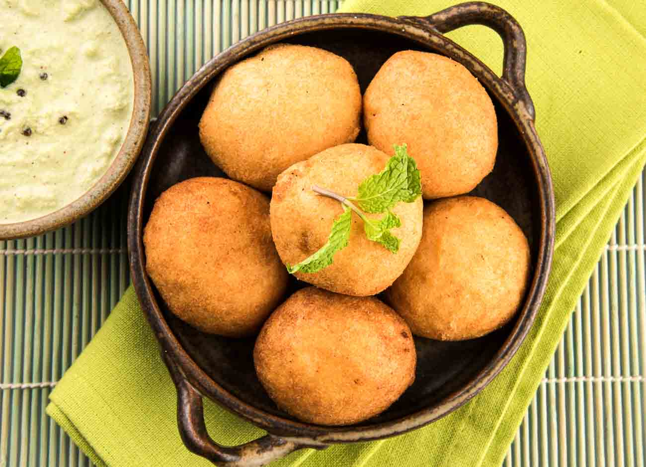 Image result for aloo vada HD