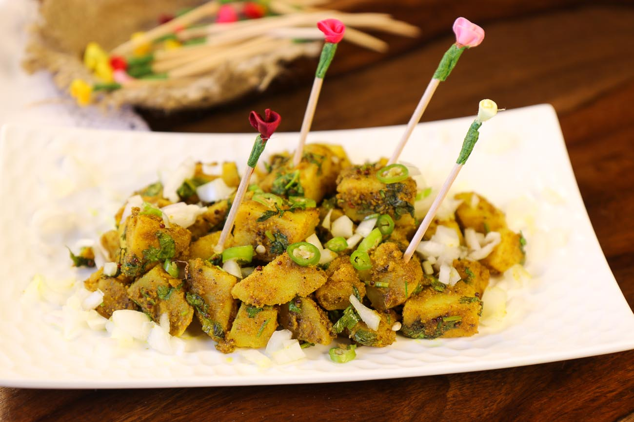 Healthy Aloo Chaat Dilli Style Recipe -Spicy & Tangy Potato Stir Fry