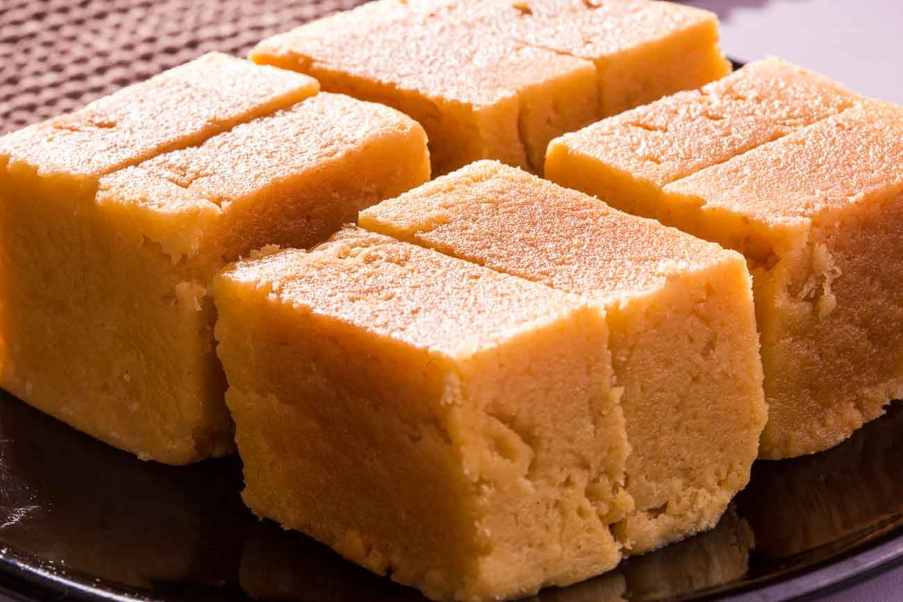 Homemade soft mysore pak recipe by archanas kitchen homemade soft mysore pak recipe forumfinder