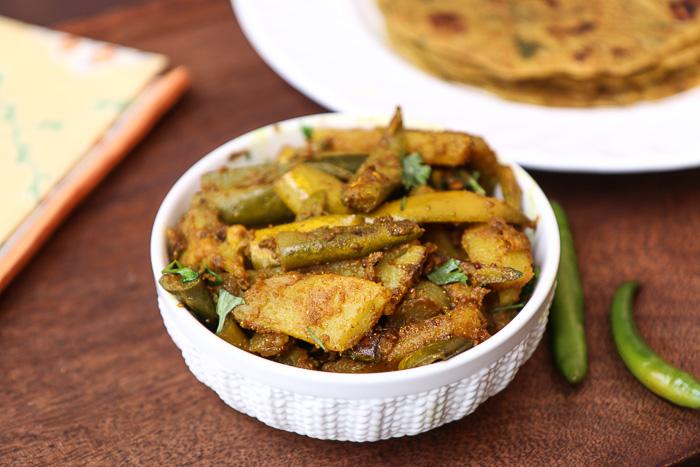 Aloo parwal sabzi recipe a classic bengali dish by archanas kitchen aloo parwal sabzi recipe a classic bengali dish forumfinder Image collections