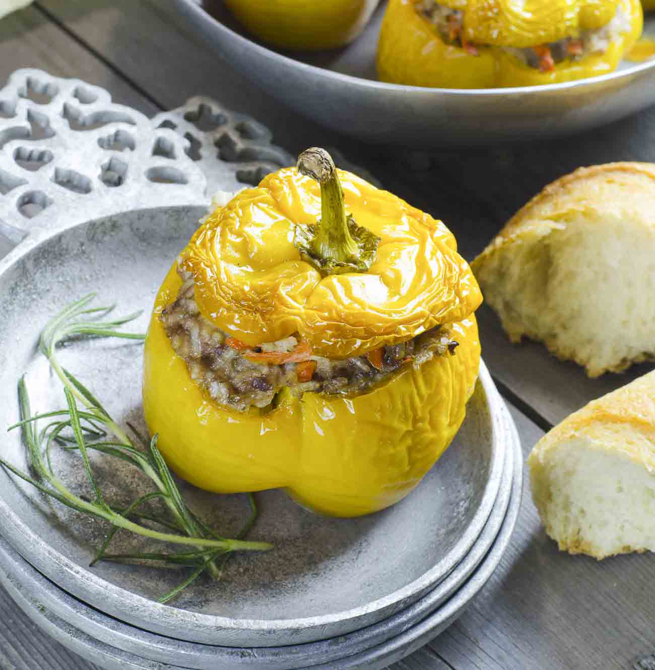 Vegetarian stuffed bell peppers with spiced potato recipe stuffed vegetarian stuffed bell peppers with spiced potato recipe stuffed capsicum forumfinder Choice Image