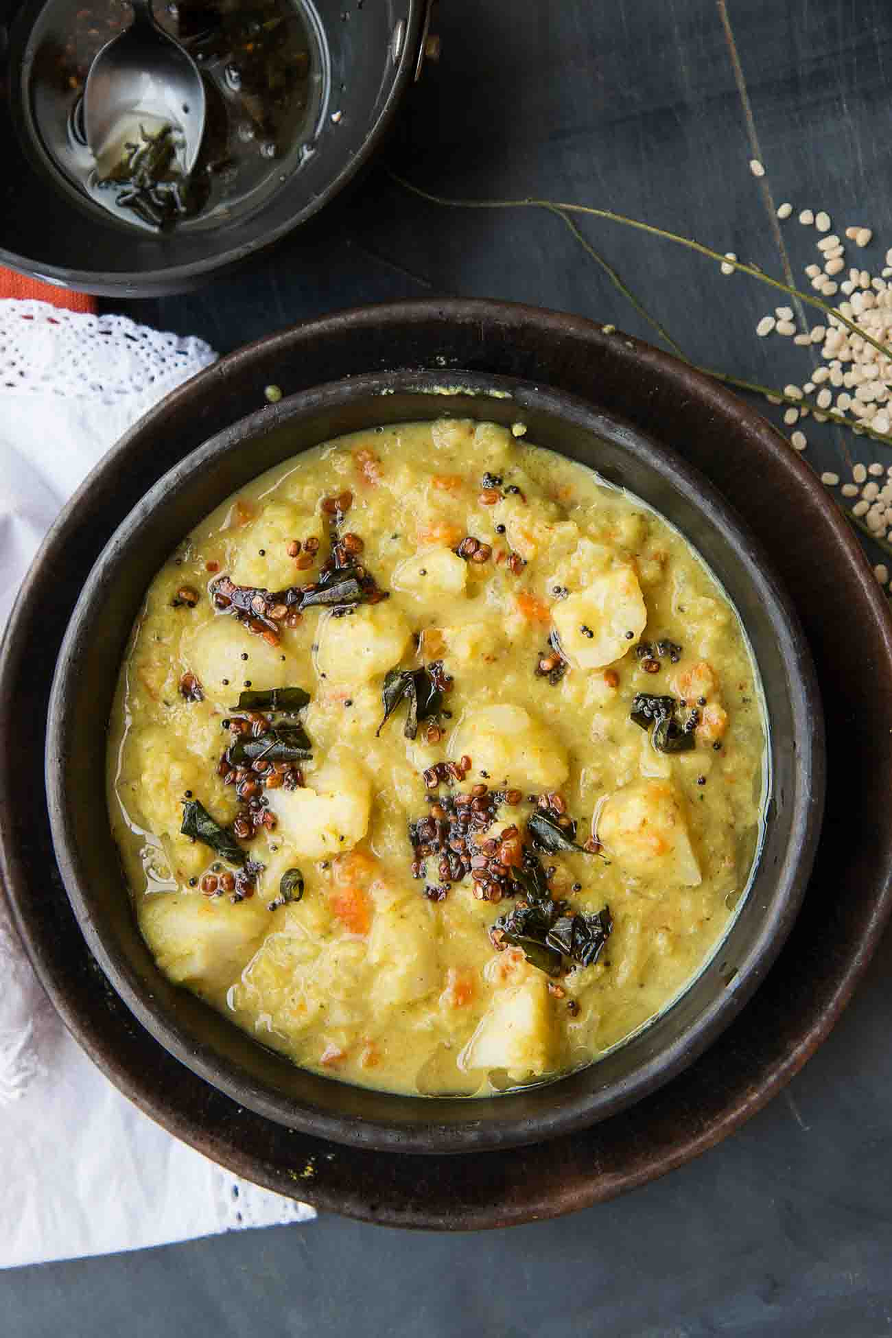 Mixed Vegetable Poricha Kootu Recipe (Steamed Vegetable in Coconut and Lentil Curry)