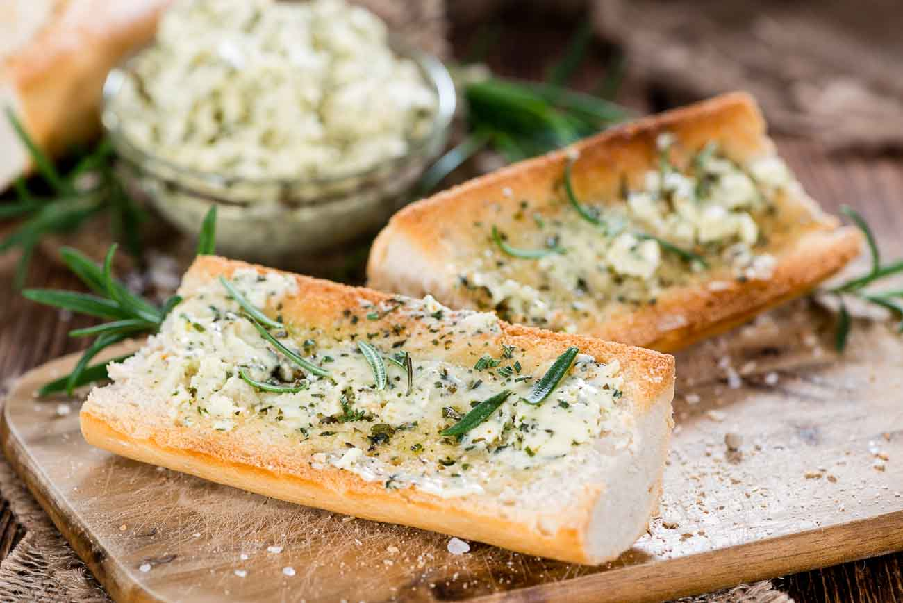 Garlic Bread With Herb Butter Recipe