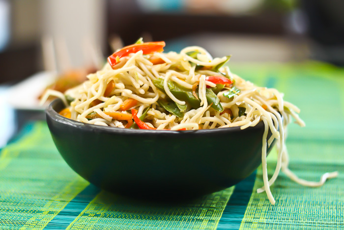 Vegetarian hakka noodles chinese chow mein recipe by archanas kitchen vegetarian hakka noodles chinese chow mein recipe forumfinder